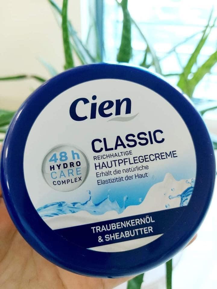 Kem dưỡng Cien Soft Đức 48h Hydro Care Complex Traubenker & Sheabutter Vitamin E 250ml