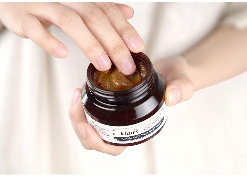 Tẩy Tế Bào Chết Dạng Hạ Klairs Gentle Black Sugar Facial Polish 110g