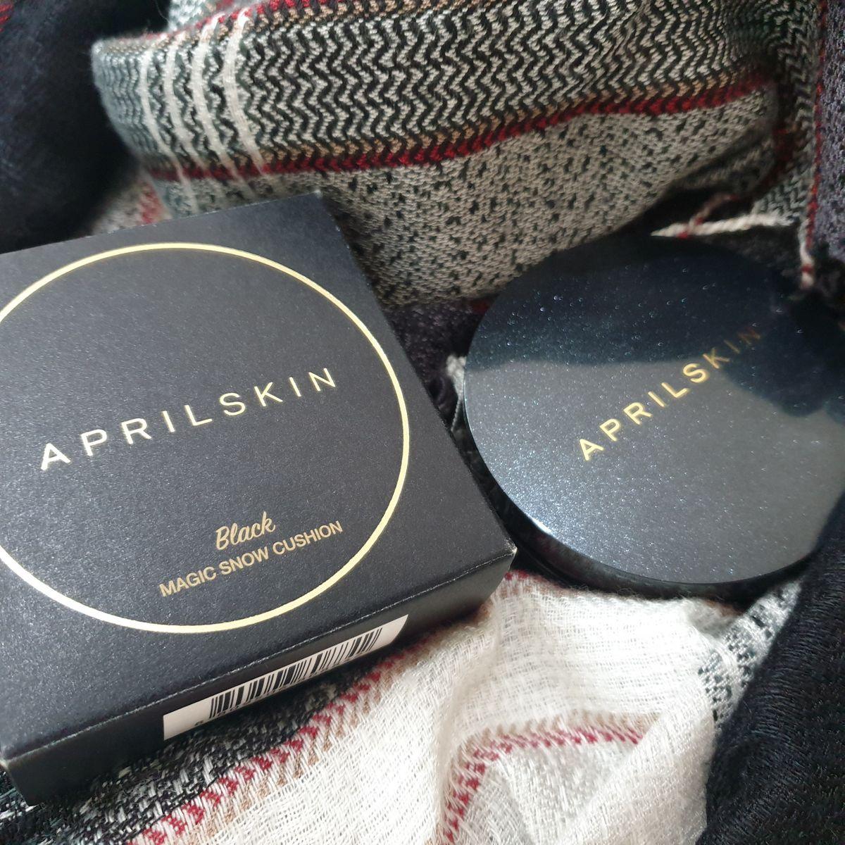 Phấn Nước April Skin Black Magic Snow Cushion #22 Pink Beige (Galaxy Edition)