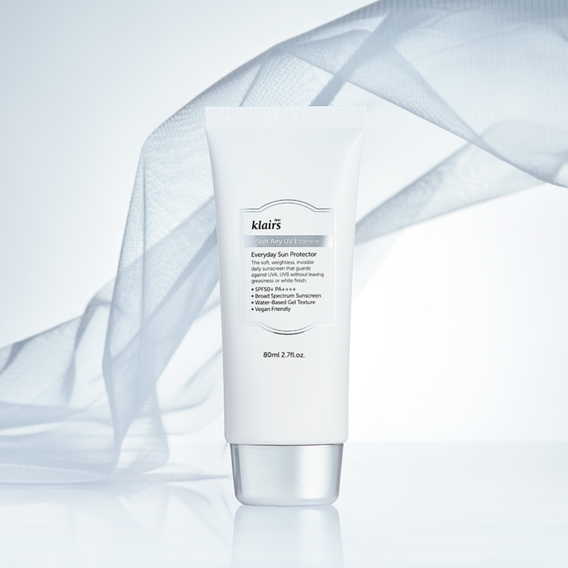 Kem Chống Nắng Klairs Soft Airy UV Essence SPF50+ 80ml