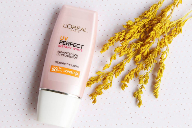 Chống Nắng L'Oreal UV Perfect Instant White (Hồng) 30ML