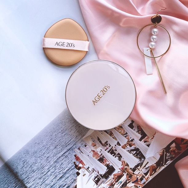 Phấn Nền Age 20's Signature Essence Cover Pact Moisture #21 (Hồng)