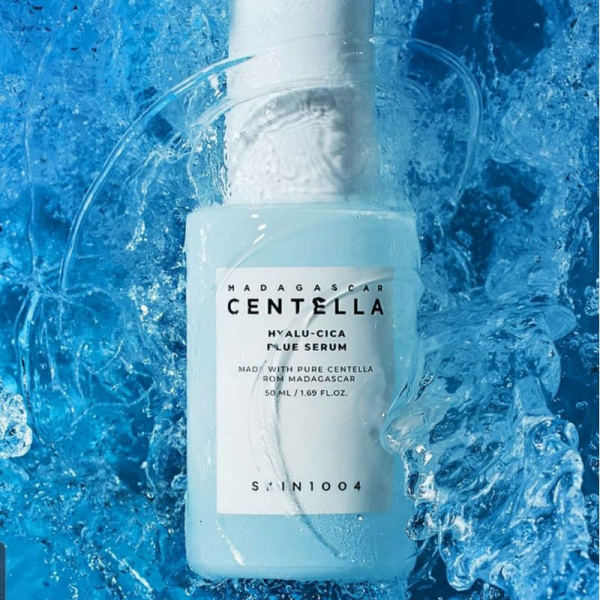 Tinh Chất Rau Má Cấp Ẩm Skin1004 Madagascar Centella Hyalu-Cica Blue Serum 50ml