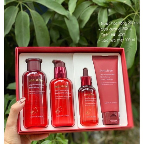 Set Innisfree Jeju Pomegranate Revitalizing Special 4 Món