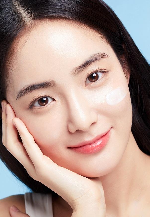 Kem Dưỡng Trắng Goodal Premium Snail Tone Up Cream 10ml