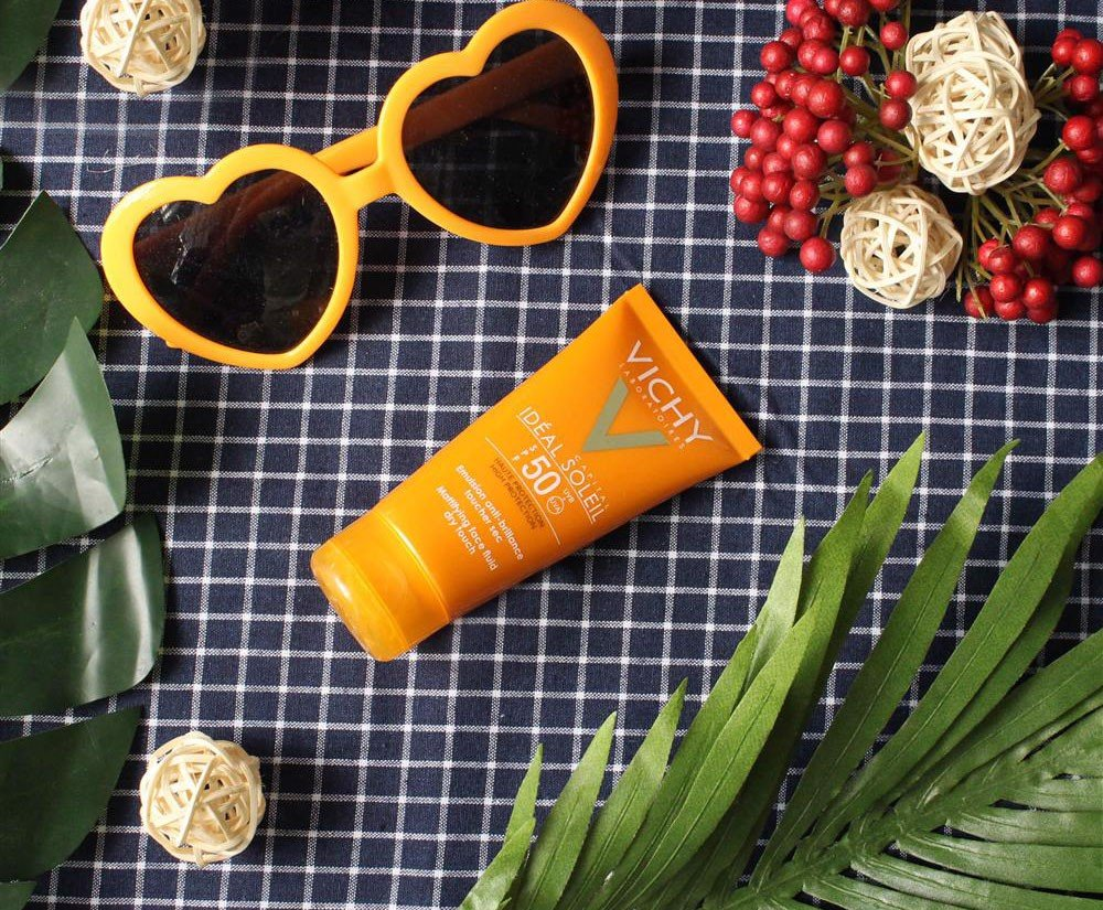 Chống Nắng Vichy Idéal Soleil Spf 50 Mattifying Dry Touch Face Fluid 50Ml CTY