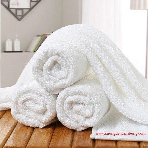 Khăn đắp body spa màu trắng (Mẫu 1)