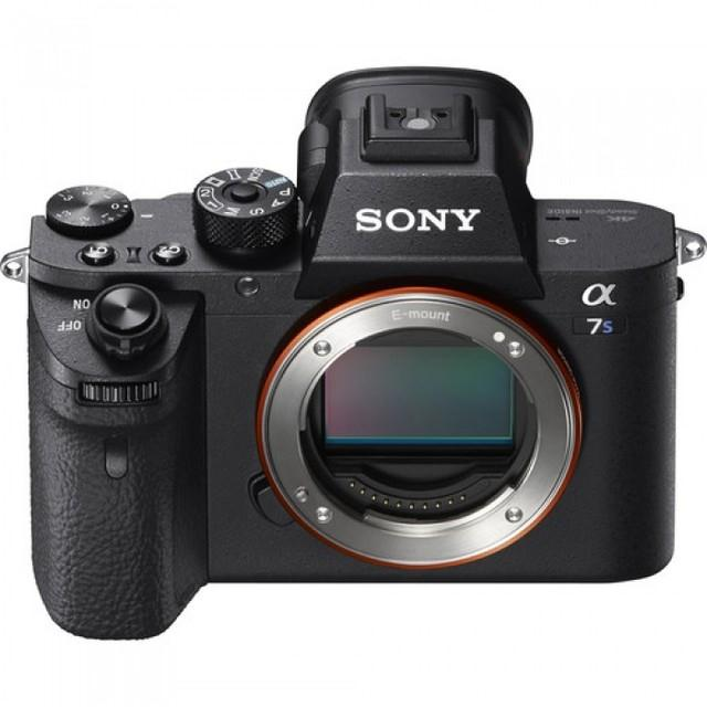 Sony Alpha 68 Body (New)
