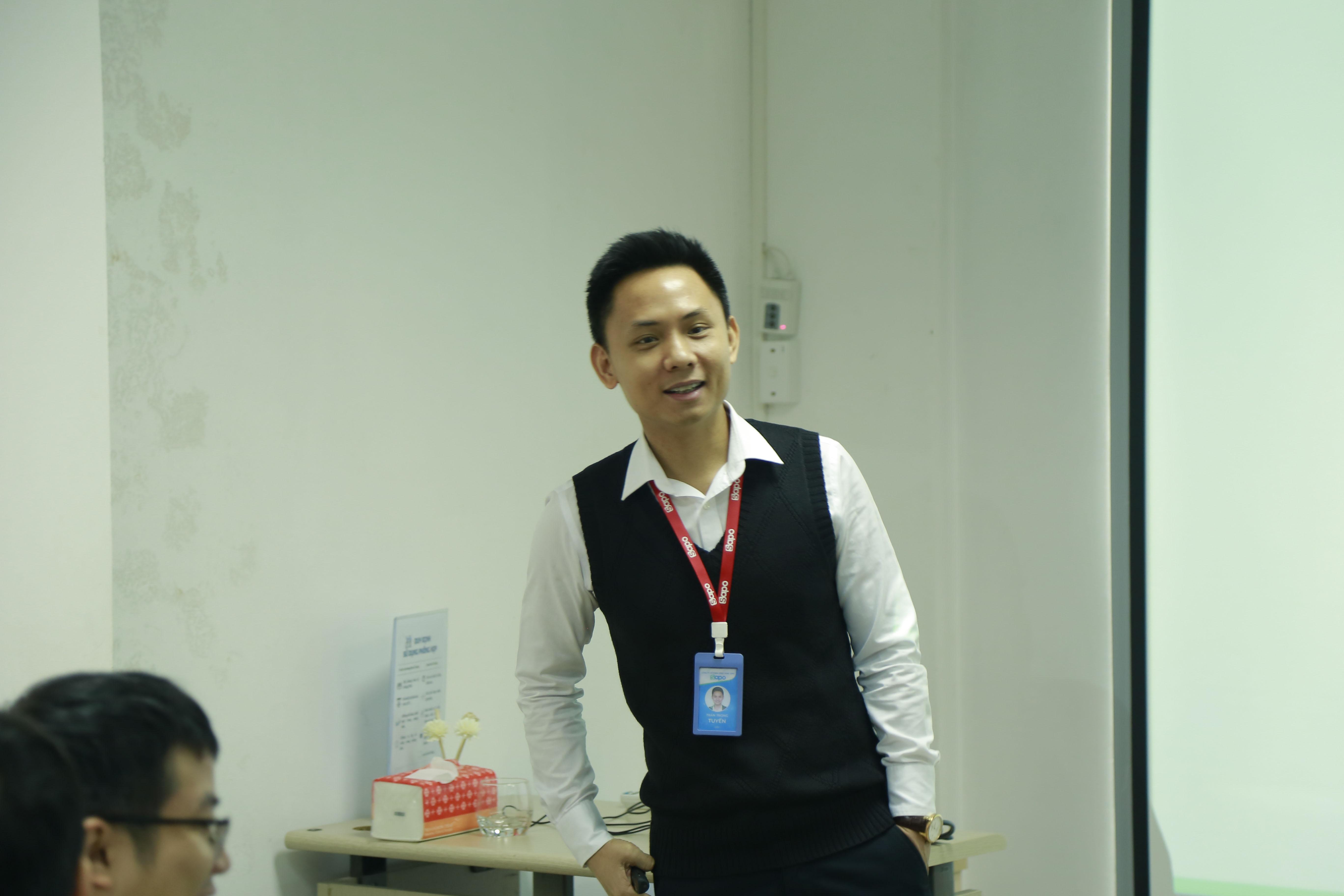 Khối CN&PTSP - Leader Talk chủ đề