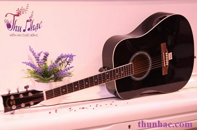 (Mua guitar cho người lớn với kích cỡ tiêu chuẩn)