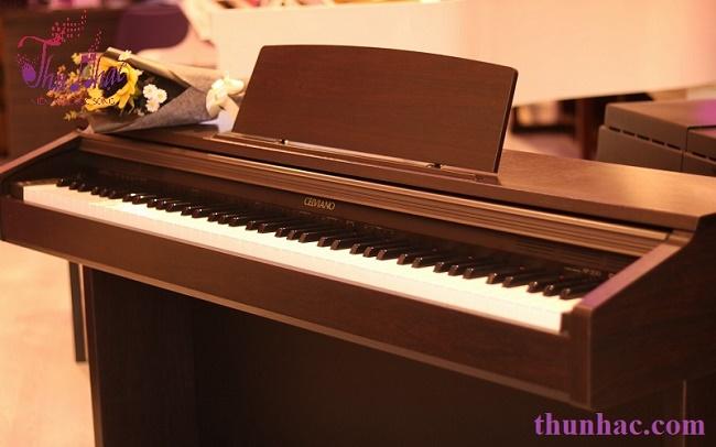 (Mẫu piano điện của Casio tại TP.HCM)