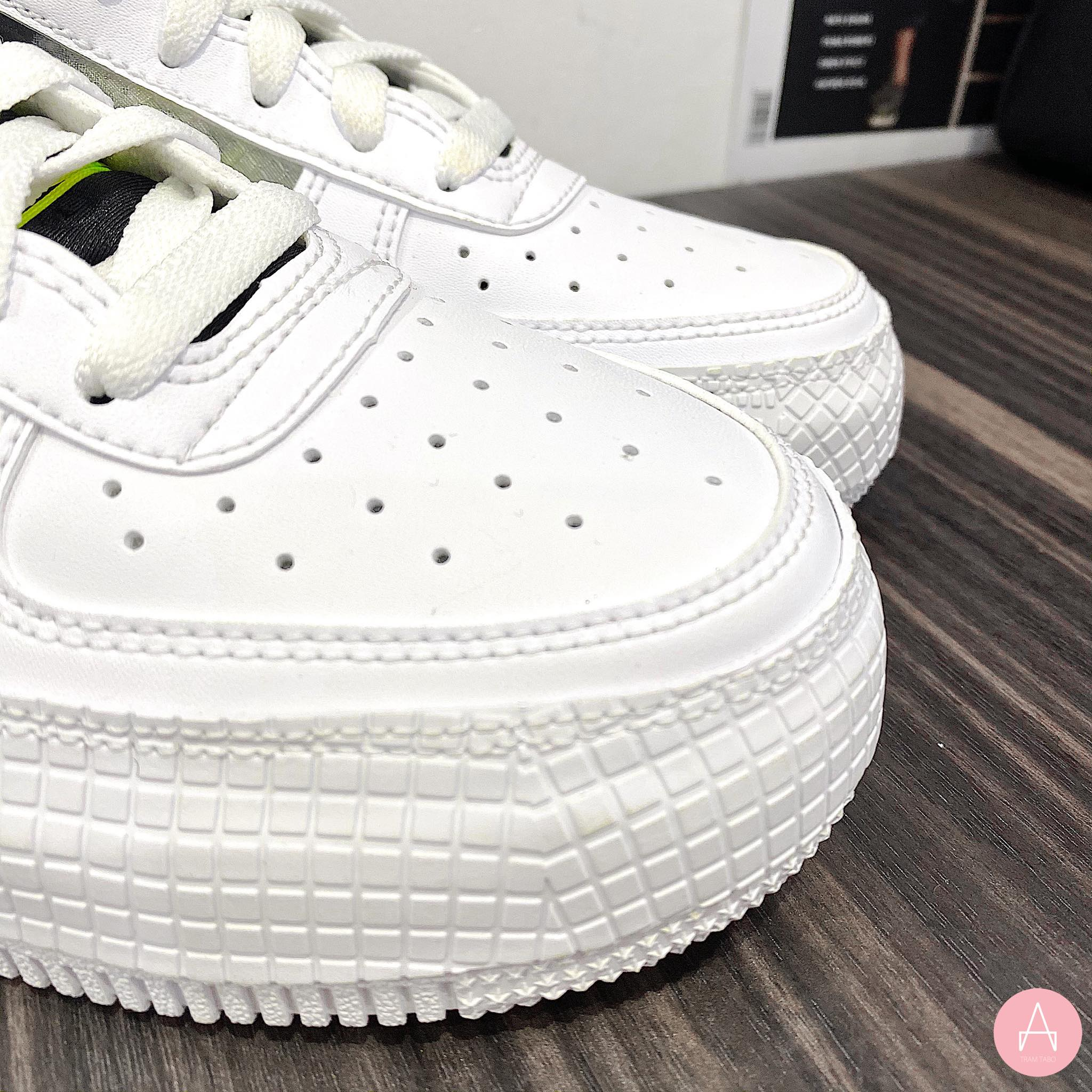 [BQ4793-101] K NIKE AIR FORCE 1 TYPE WHITE BLACK VOLT
