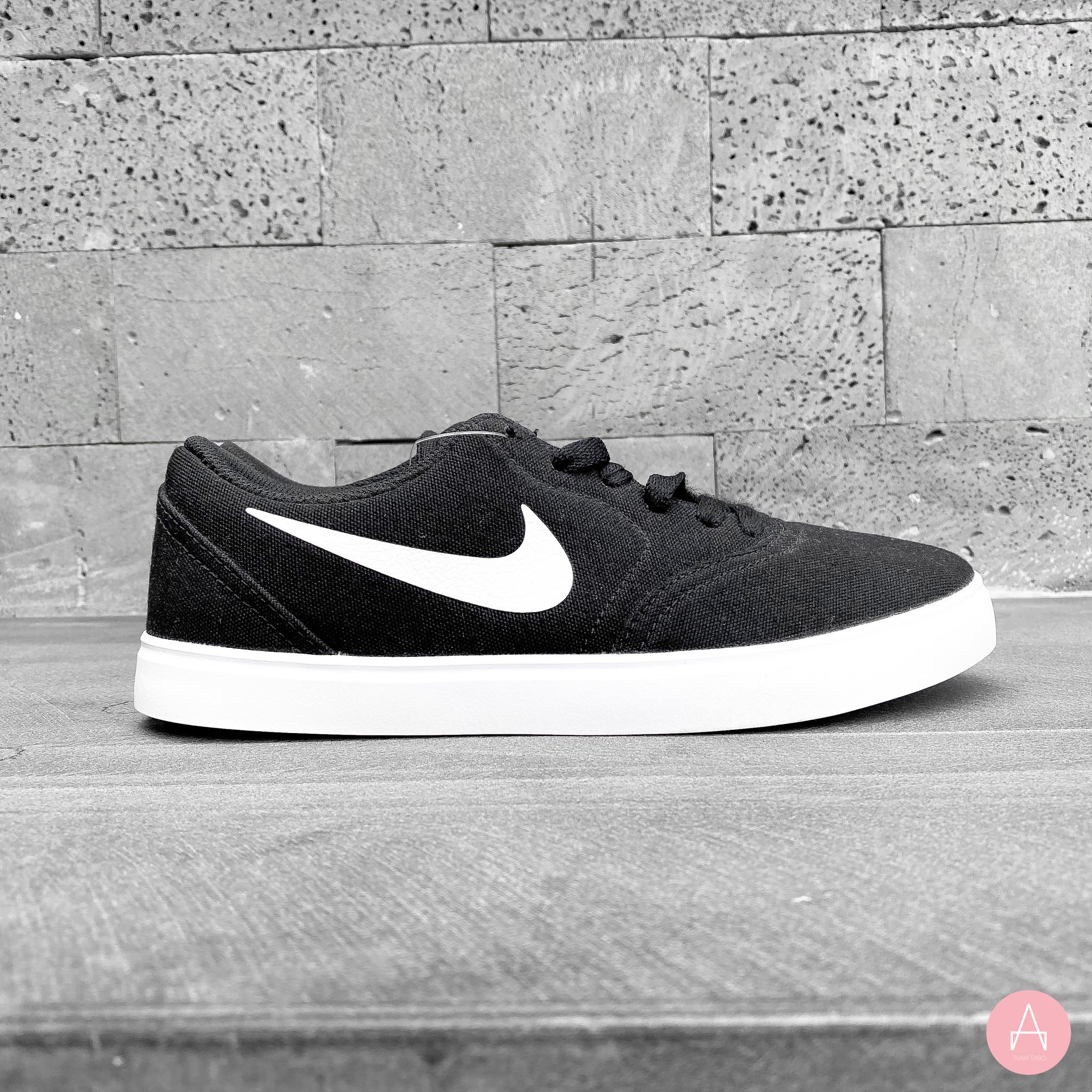 [905373-003] K NIKE CANVAS SB BLACK WHITE