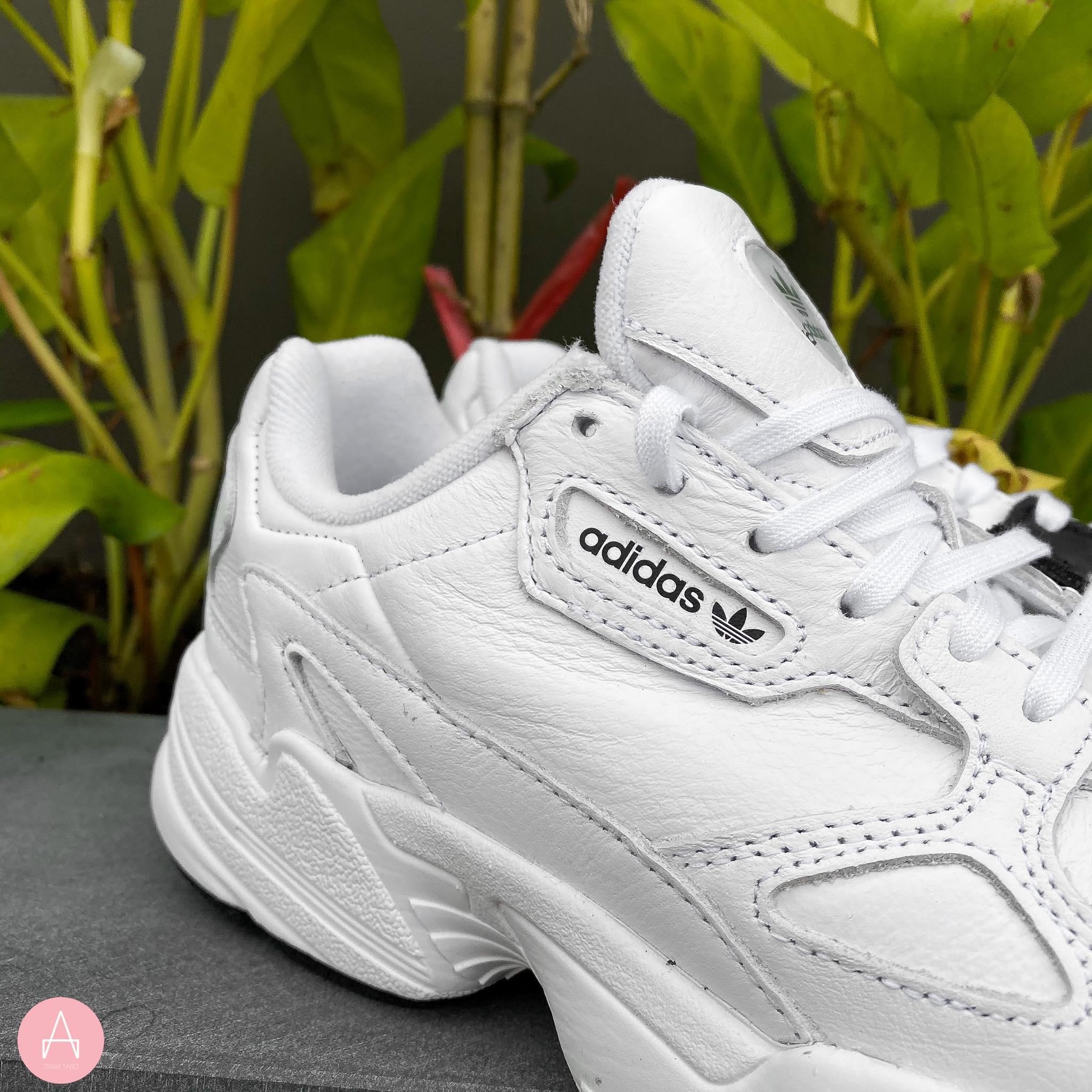 [EE5308] W ADIDAS FALCON WHITE CORE BLACK