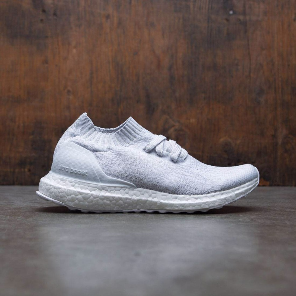 [BY2079] K ADIDAS ULTRABOOST ALL WHITE UNCAGED