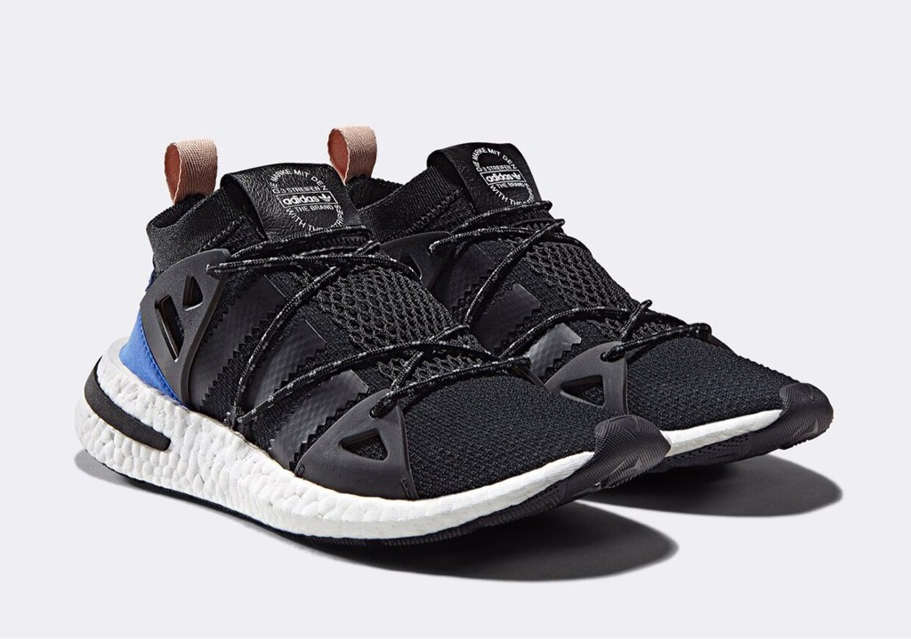 [CQ2749] W ADIDAS ARKYN BOOST BLACK BLUE