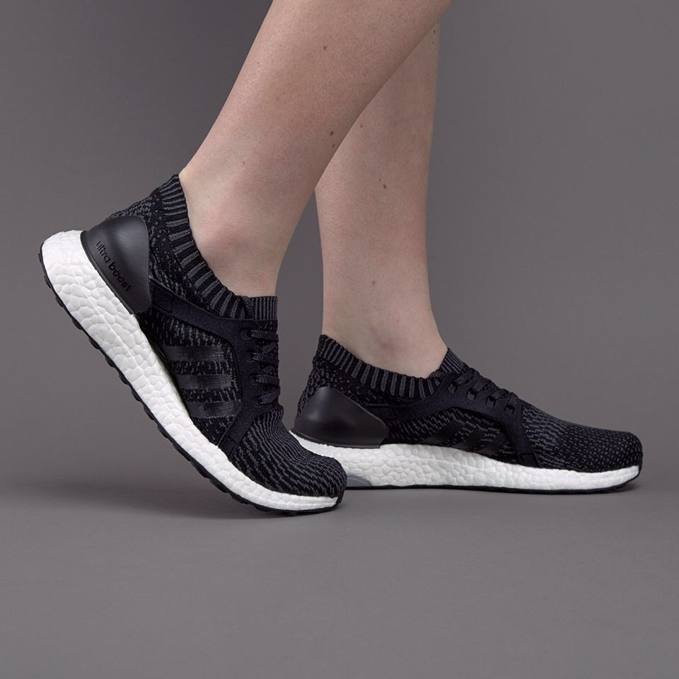 [BB1696] W ADIDAS ULTRABOOST X BLACK WHITE