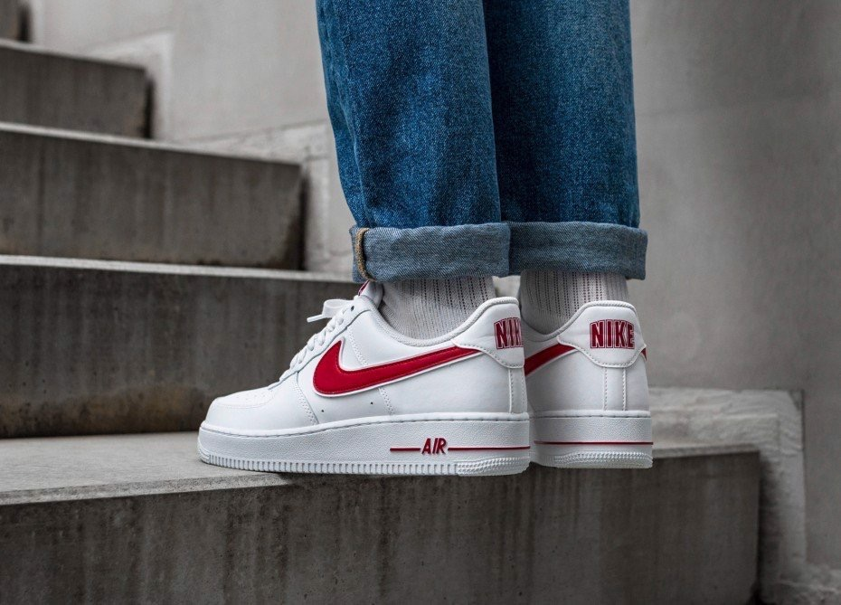[AO2423-102] M NIKE AIR FORCE 1 '07 GYM RED