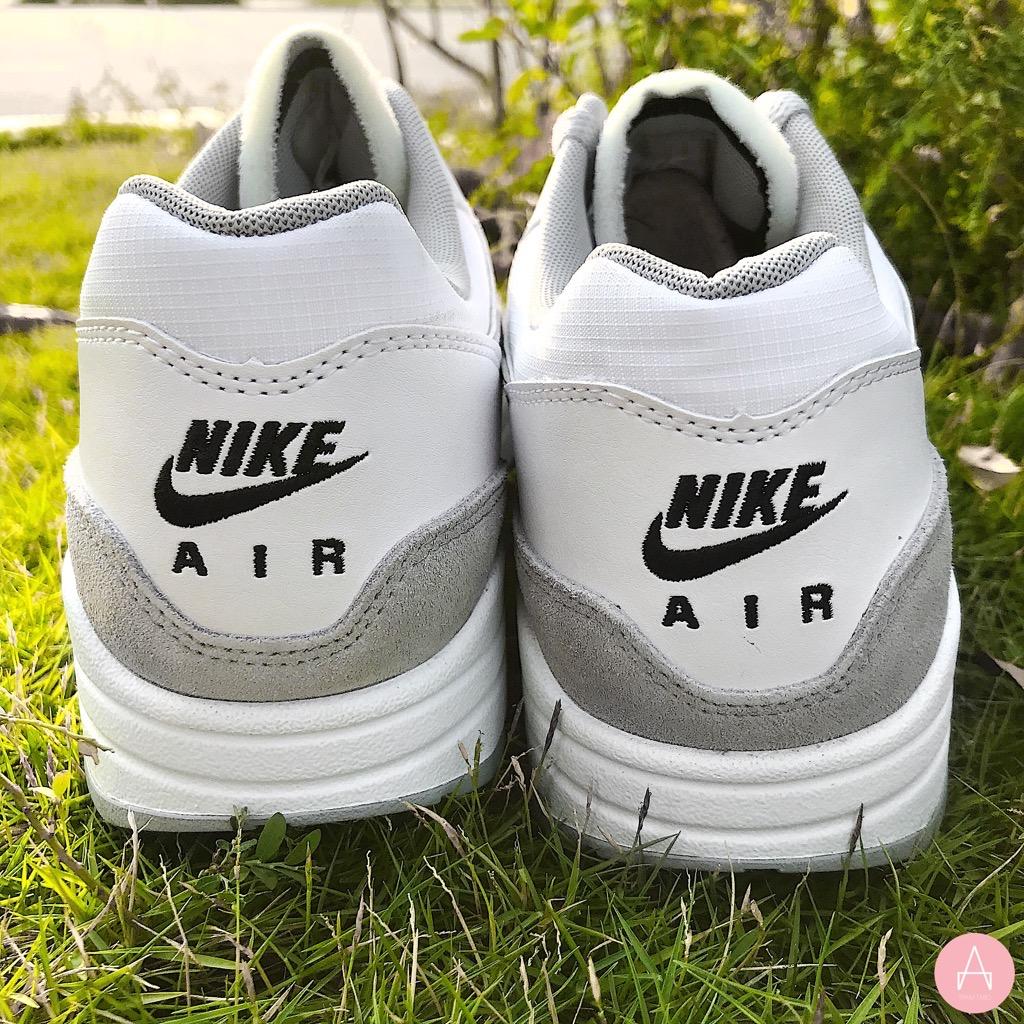[AH8145-113] M NIKE AIR MAX 1 WHITE WOLF GREY