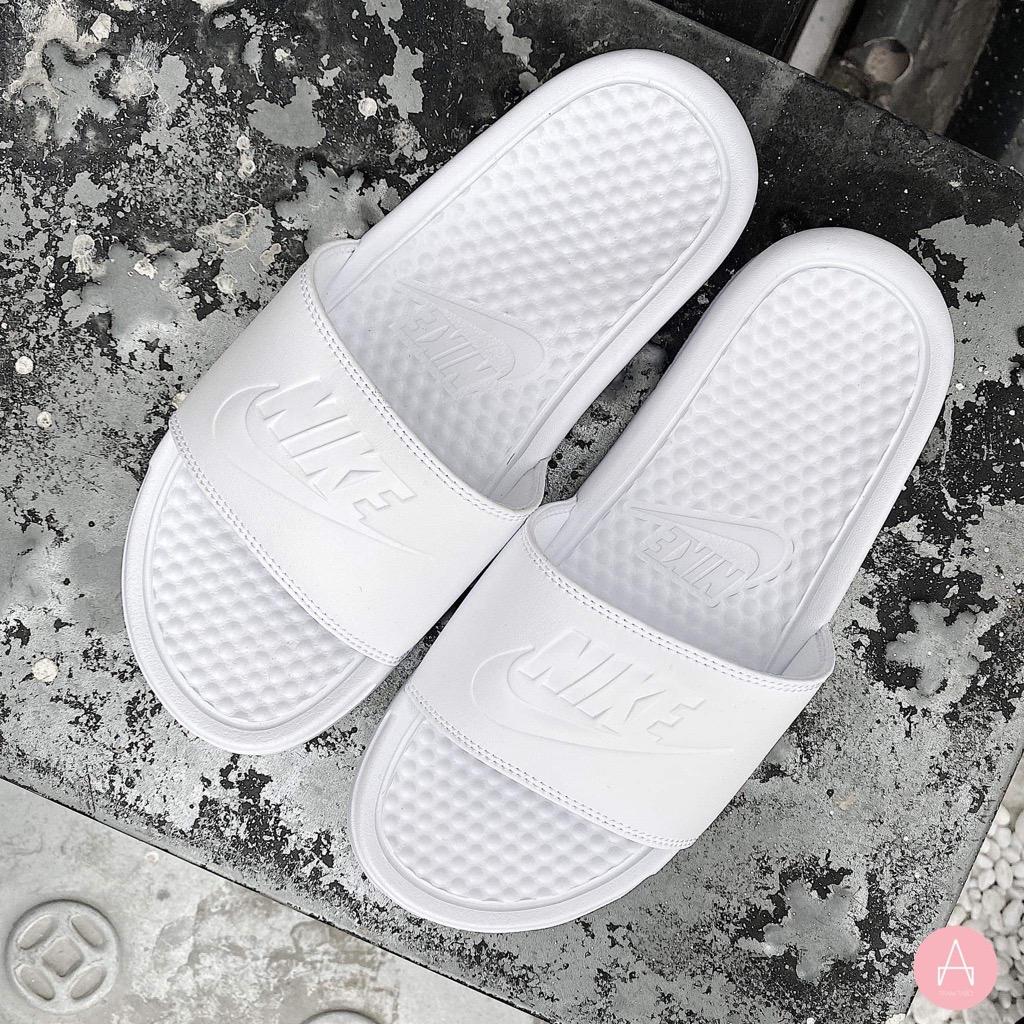 [343881-115] W NIKE BENASSI JDI ALL WHITE/WHITE