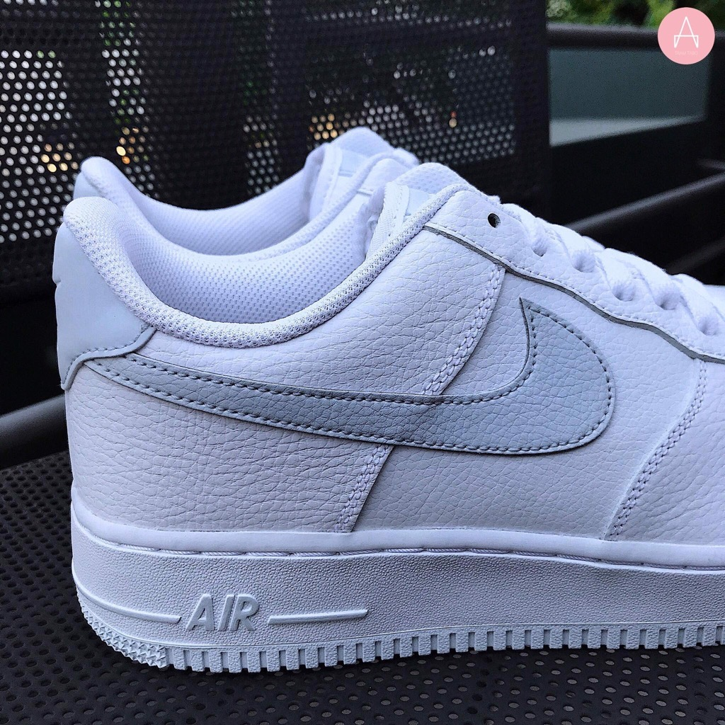 [CD9066-100] M NIKE AIR FORCE 1 '07 PURE PLATINUM WHITE METALLIC SILVER
