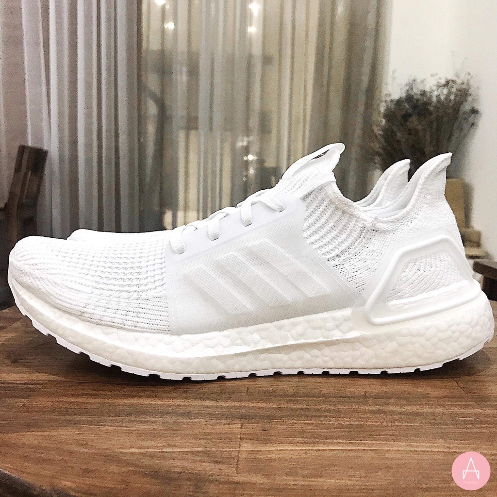 [G54008] M ADIDAS ULTRABOOST 19 TRIPLE WHITE