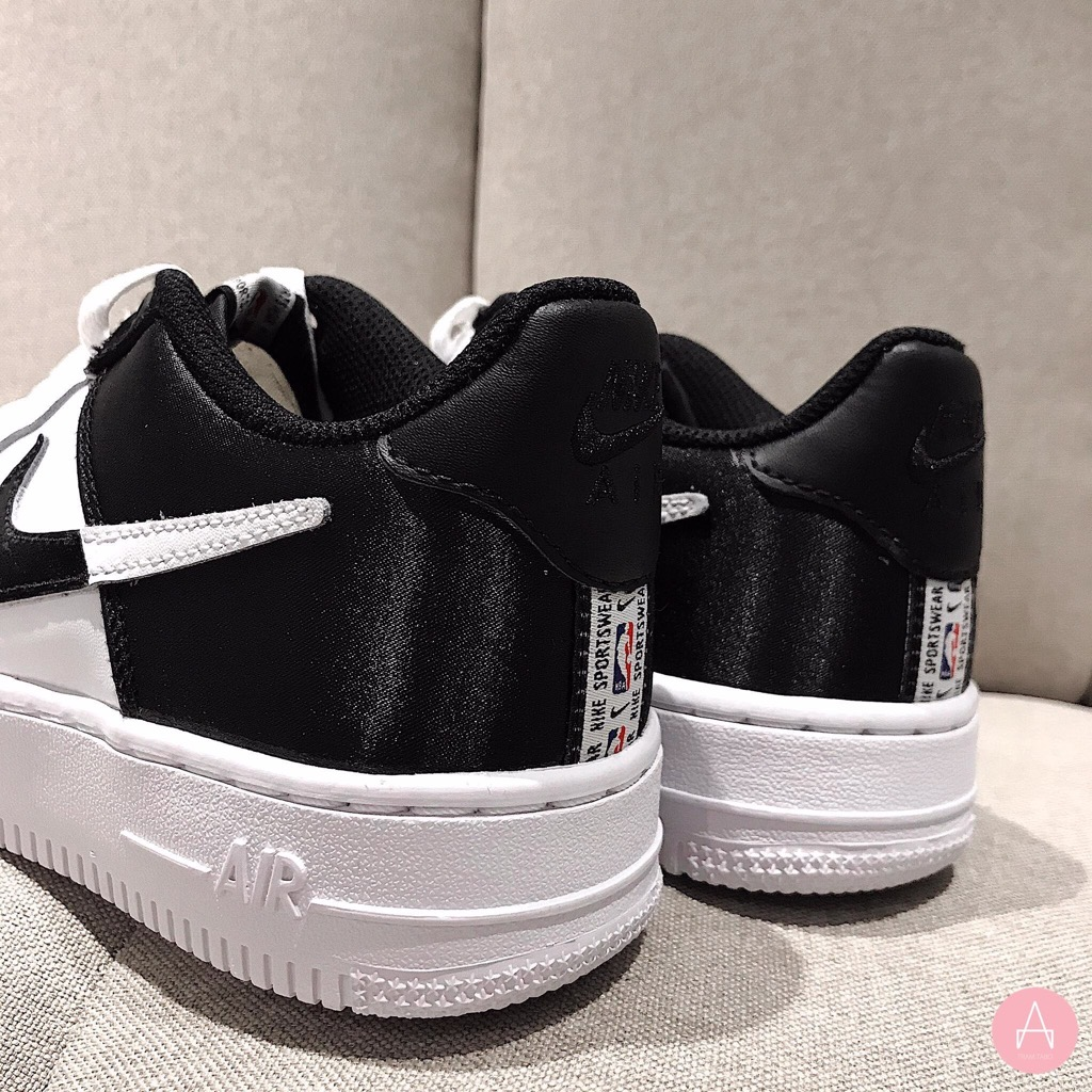 [CK0502-100] K NIKE AIR FORCE 1 LV8 WHITE BLACK