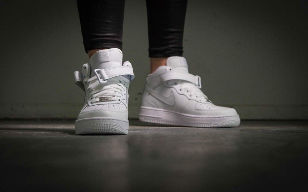 [314195-113] K NIKE AIR FORCE 1 MID ALL WHITE