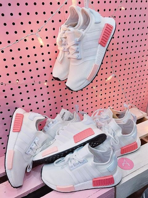 [BY9952] W ADIDAS NMD R1 ROSE PINK
