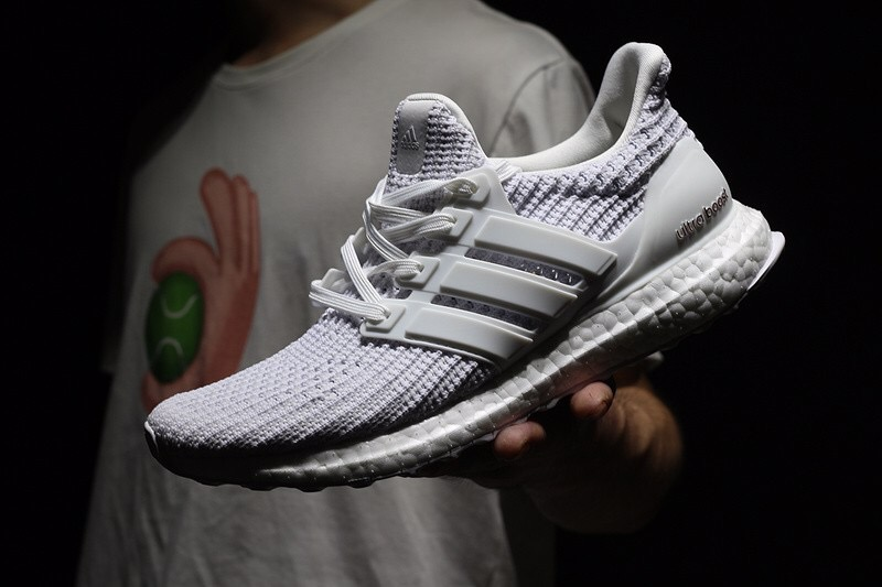 [BB6168] M ADIDAS ULTRABOOST 4.0 '' ALL WHITE ''