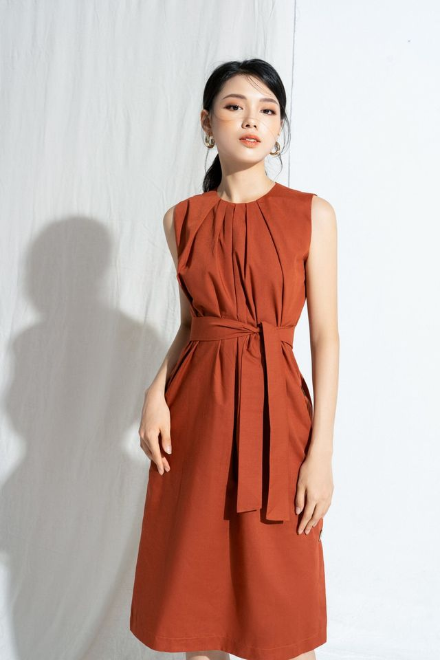5 Button Dress with belt