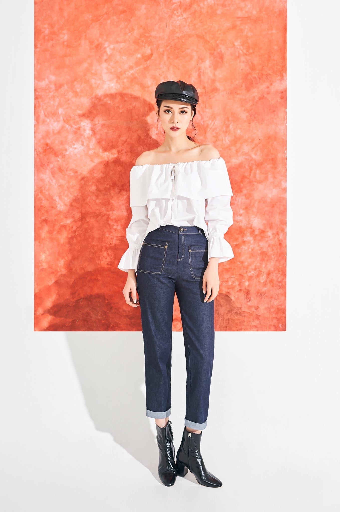 Amie of the shoulder top