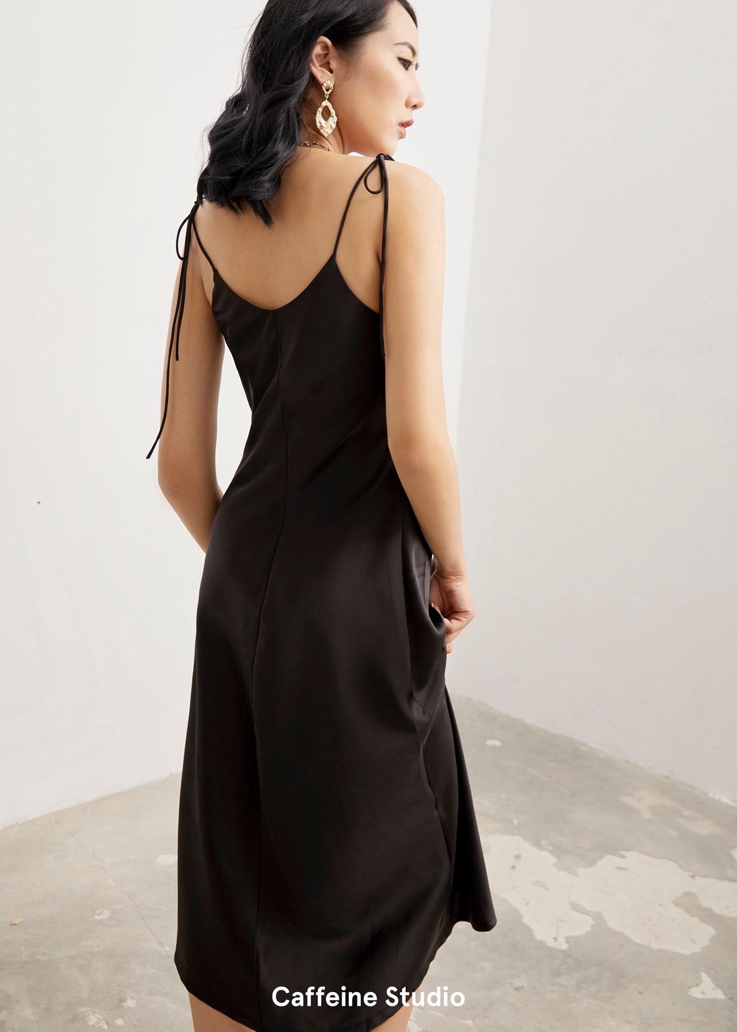 Váy lụa 2 dây