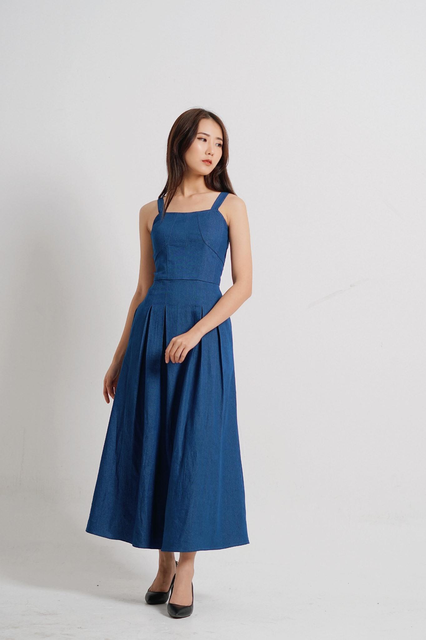 Nata denim dress