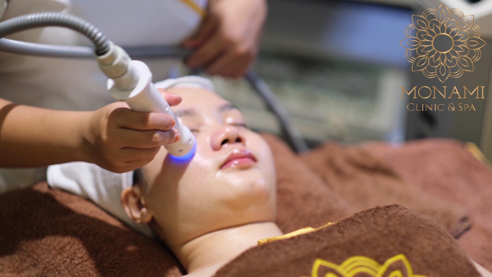 Chăm sóc da cao cấp( điện di tế bào gốc và nâng cơ RF tăng sinh collagen)