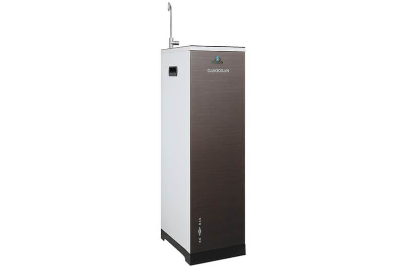 Nguồn nước trong lành, sạch sẽ, vị ngọt tự nhiên nhờ máy trang bị tới 9 lõi lọc nước - Máy lọc nước RO Daikiosan DXW-33009G 9 lõi