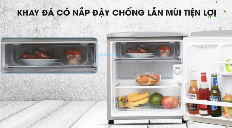 Khay chứa chống lẫn mùi - Tủ lạnh Aqua 50 lít AQR-55ER (SS) Xám Nhạt