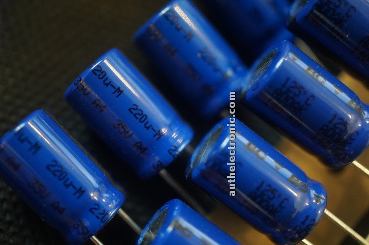 original-audio-capacitor-200uf-35v-125oc-10x16mm-new-holland-bc