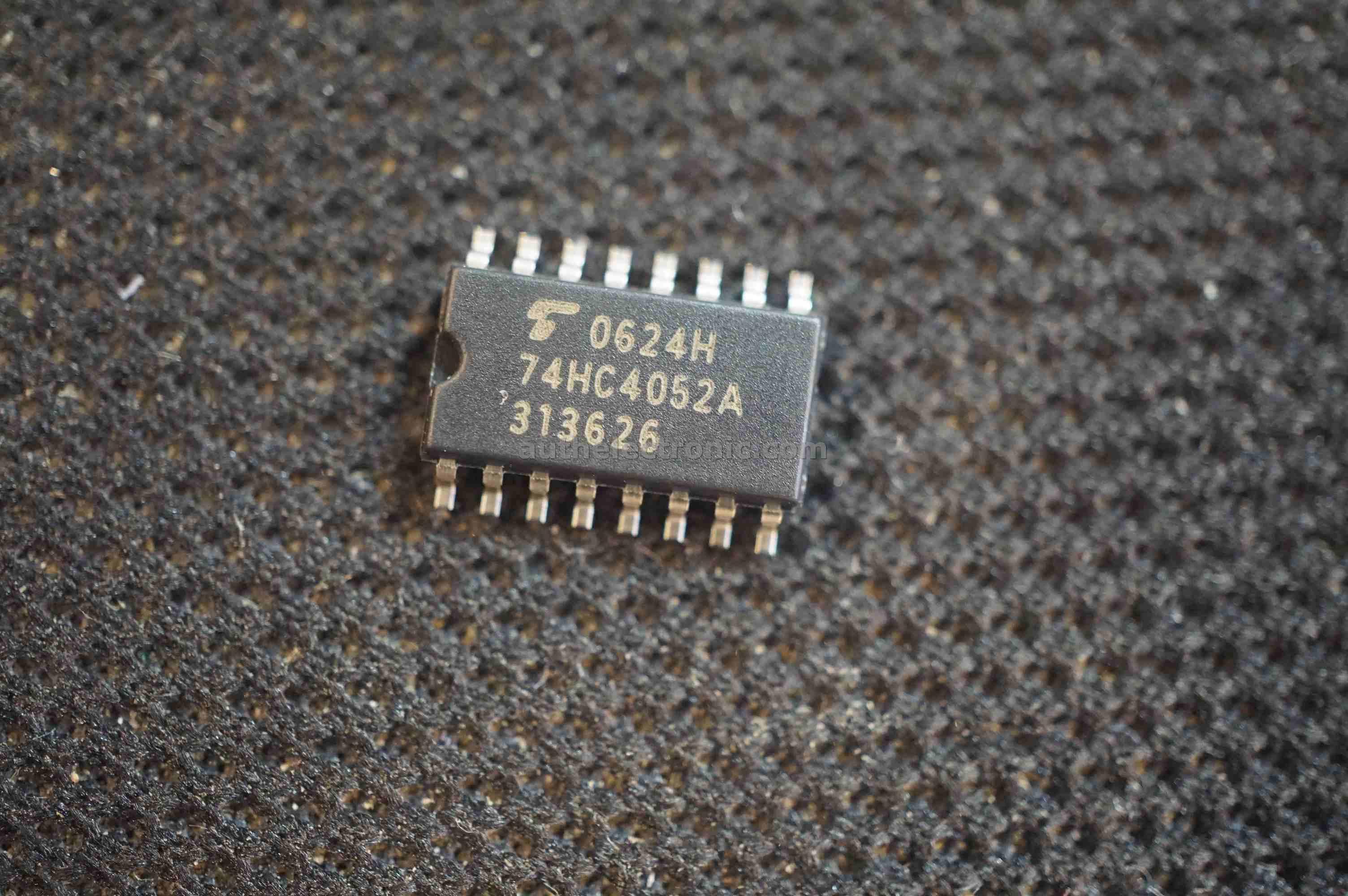 5pcs-original-logic-ic-74hc4052-tc74hc4052af-sop-16-new-toshiba