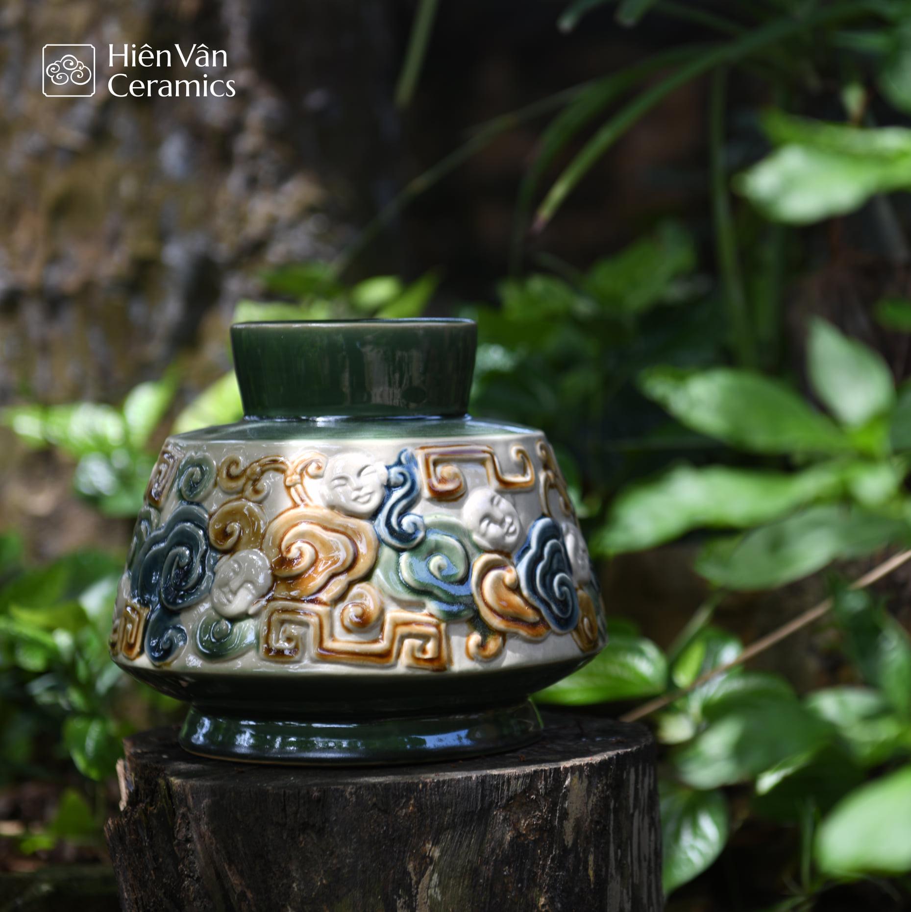 binh-gom-nguoi-may-hien-van-ceramics-sap-chang-sen