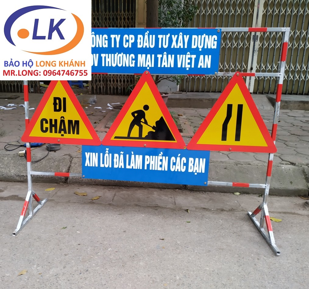 san-xuat-hang-rao-canh-bao-cong-truong