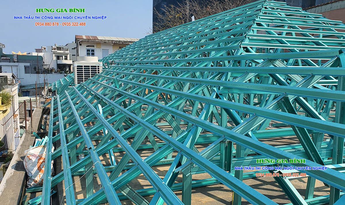 Hưng Gia Bình - Nhà thầu thi công mái ngói trọn gói chuyên nghiệp
