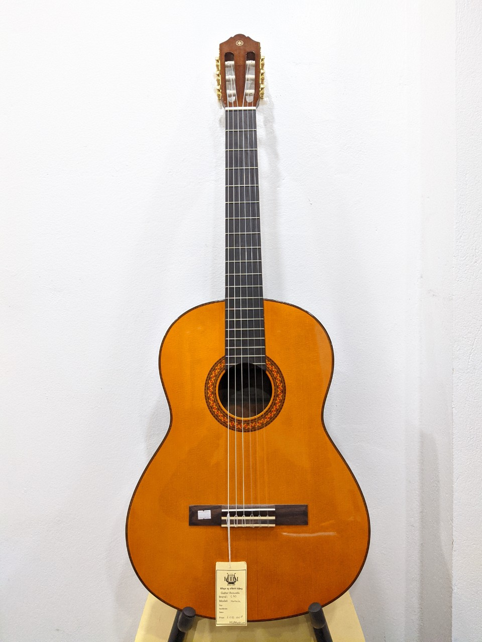 Đàn Guitar Classic Yamaha C70 chính hãng
