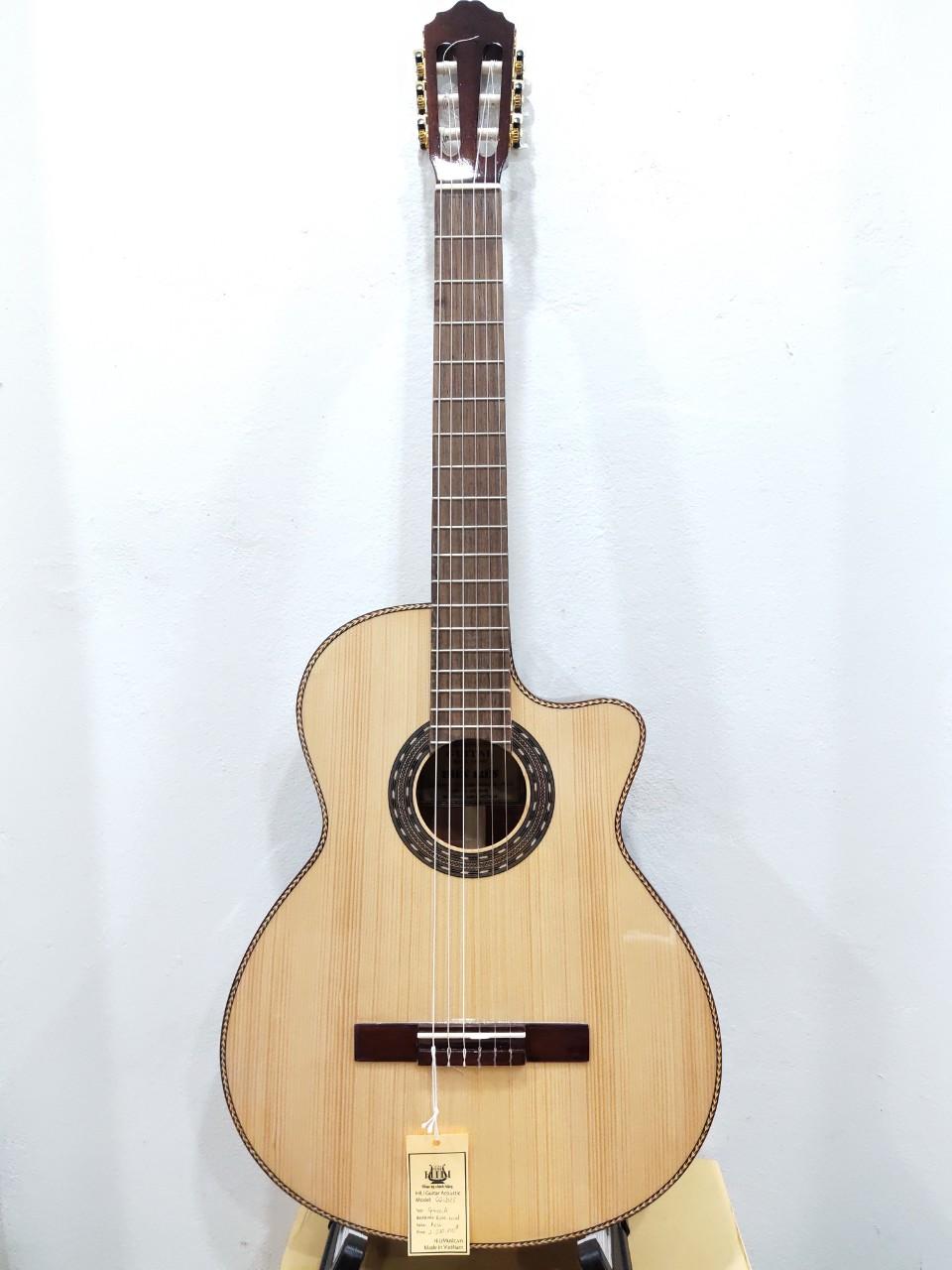 Đàn Guitar Classic CG-202E