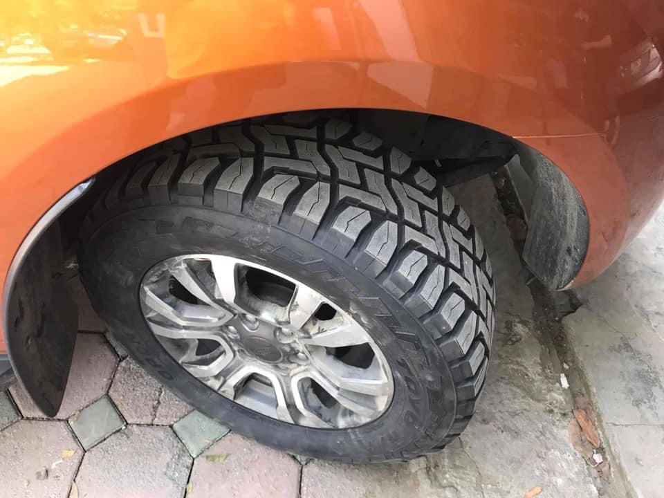 Lốp xe Toyo RT 265/60R18 chữ đen