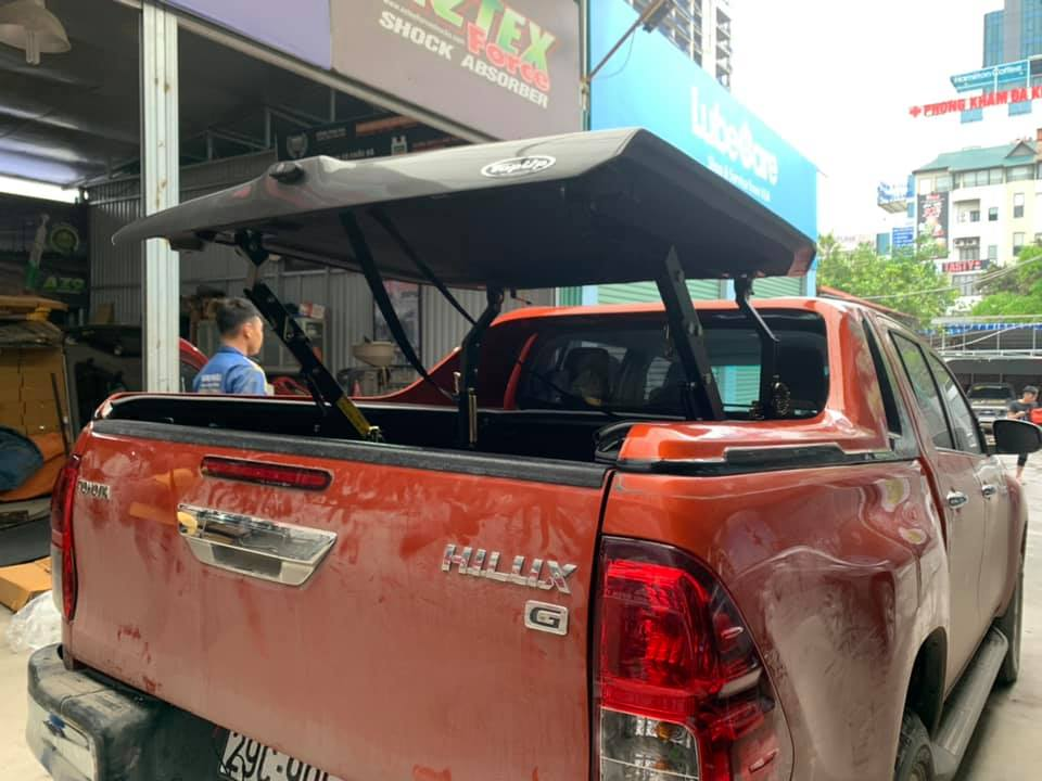 nap-thung-topup-hilux
