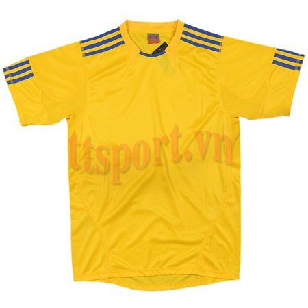 Quần áo thể thao 0490 vàng