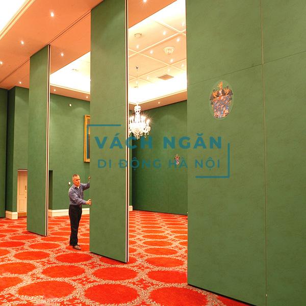 Vách ngăn di động bằng gỗ bọc vải nỉ màu xanh cho hội trường VDD-HT.HN-014