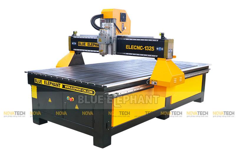 Máy CNC Router gia công nội thất ELECNC-1325