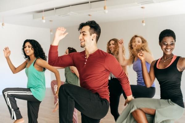 Giới thiệu 10 bài tập cardio đốt mỡ thừa, giảm cân tốt nhất cho người mới bắt đầu